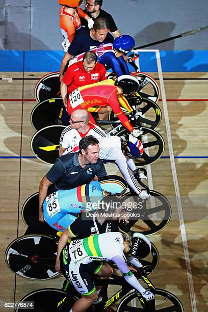 A general view of the Women's Keirin race with Courtney Field of Australia Nicky Degrendele of Belgium Helena Casas Roige of Spain Katy Marchant of...