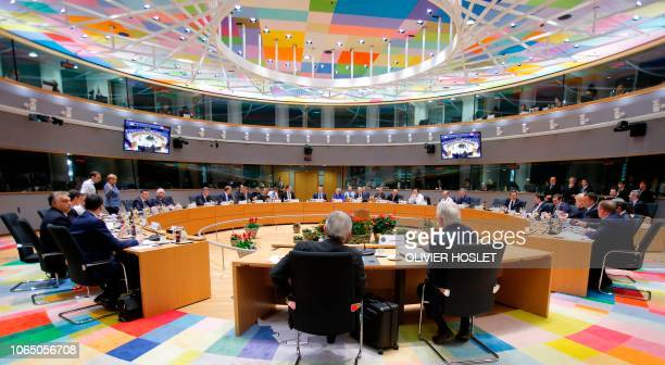 A general view of UE leaders with Britain's Prime Minister Theresa May during a special meeting of the European Council to endorse the draft Brexit...