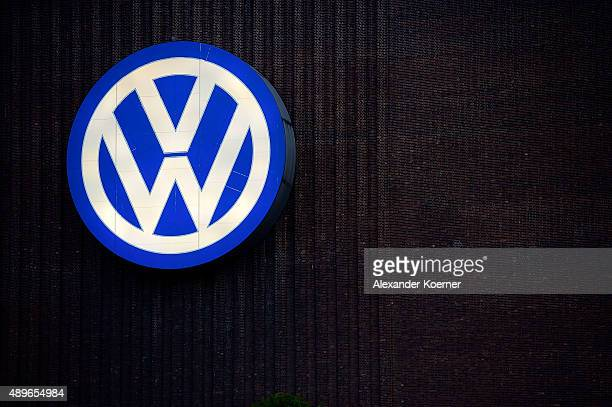 General view of Volkswagen car manufacture plant during sunset on September 23 2015 in Wolfsburg Germany Volkswagen CEO Martin Winterkorn has today...