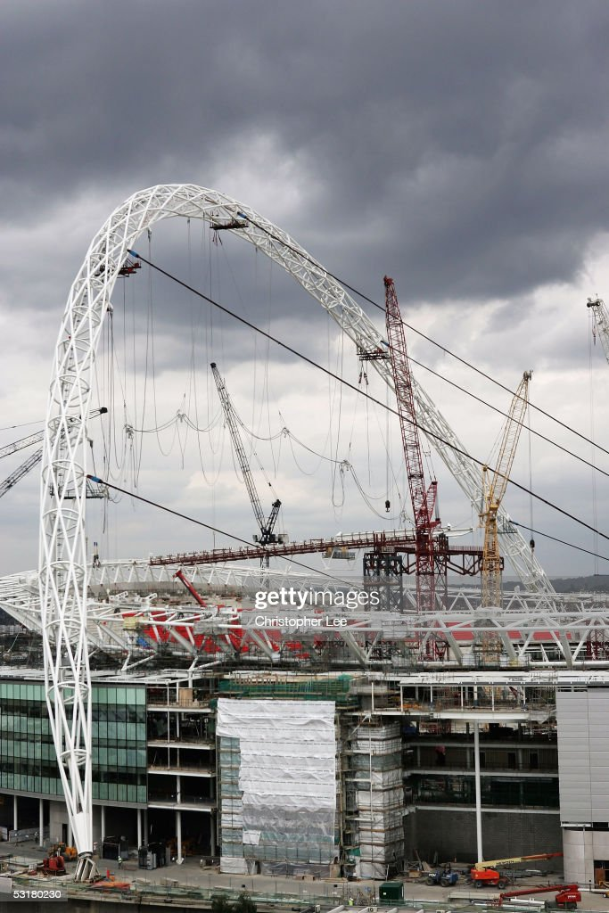 General View of Wembley Stadium with its new Landmark the Giant Arch during the redevelopement of Wembley Stadium on July 1, 2005 in London.