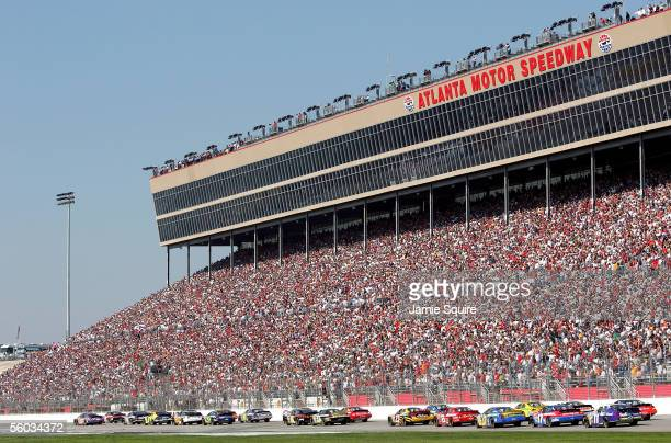 A general view ofthe start of the NASCAR Nextel Cup Series Bass Pro Shops MBNA 500 on October 30 2005 at Atlanta Motor Speedway in Hampton Georgia