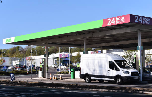 GBR: Petrol Station Tycoons The Issa brothers Set To Complete Asda Buyout