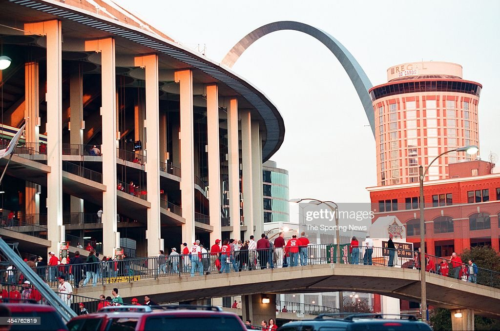 National League Championship Series - New York Mets v St. Louis Cardinals - Game Two : News Photo