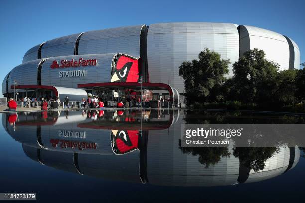 General view outside of State Farm Stadium before the NFL game between the San Francisco 49ers and the Arizona Cardinals on October 31, 2019 in...