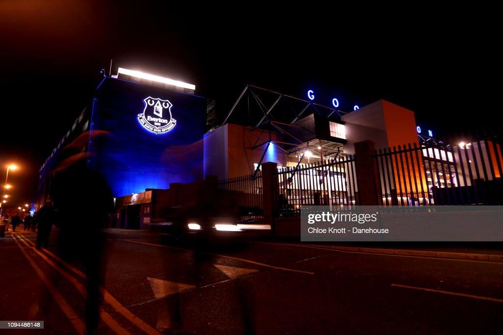 Everton FC v Manchester City - Premier League : News Photo