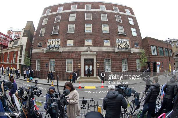 A general view outside the Lindo Wing ahead of the birth of The Duke Duchess of Cambridge's third child on April 23 2018 in London England