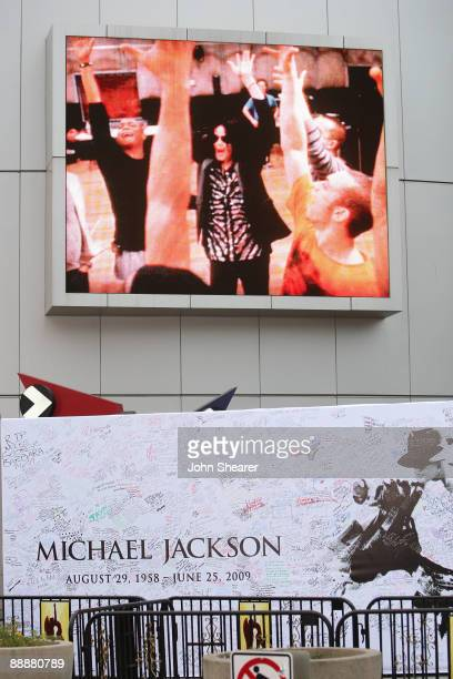 General view outside the Michael Jackson public memorial service held at Staples Center on July 7, 2009 in Los Angeles, California. Jackson the...