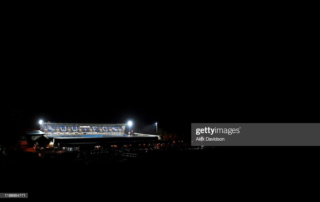 Wycombe Wanderers v Tranmere Rovers - FA Cup First Round Replay : ニュース写真