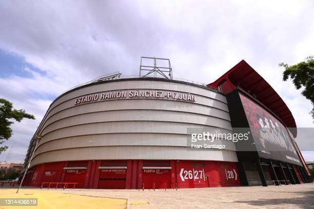 General view outside the stadium prior to the La Liga Santander match between Sevilla FC and Granada CF at Estadio Ramon Sanchez Pizjuan on April 25,...