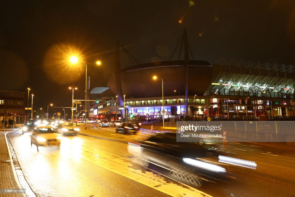 NLD: PSV v FC Barcelona - UEFA Champions League Group B