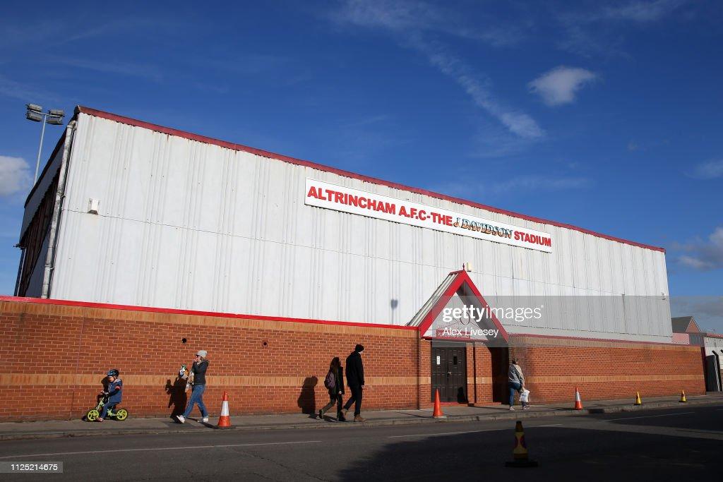 GBR: Altrincham v Bradford Park Avenue - Vanarama National League North