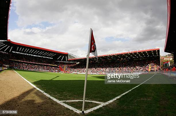 A general view prior to the Barclays Premiership match between Charlton Athletic and Portsmouth at The Valley on April 17 2006 in London England