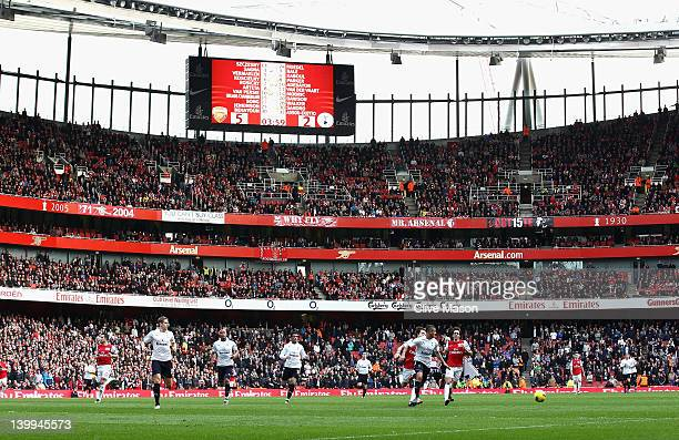 A general view showing the score on the big screen during the Barclays Premier League match between Arsenal and Tottenham Hotspur at Emirates Stadium...