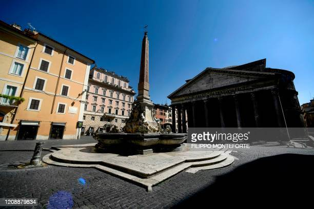 General view shows a deserted Piazza della Rotonda by the Pantheon monument on April 1, 2020 in Rome during the country's lockdown aimed at curbing...