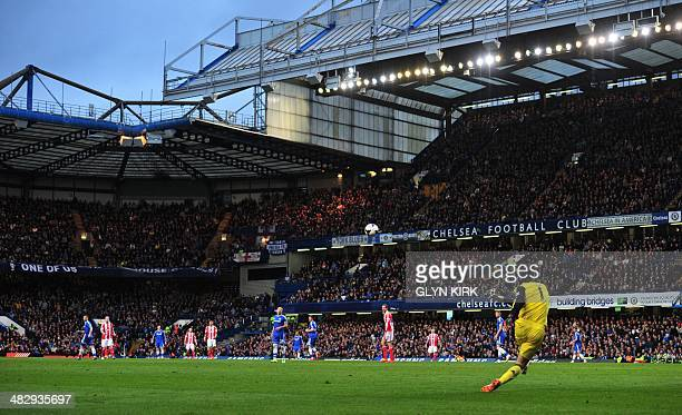 A general view shows Chelsea's Czech goalkeeper Petr Cech taking a goal kick during the English Premier League football match between Chelsea and...