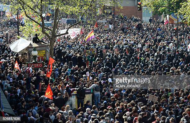 A general view shows protesters attending the traditional May Day demonstration in Paris on May 1 2016 AFP PHOTO / ALAIN JOCARD / AFP / ALAIN JOCARD