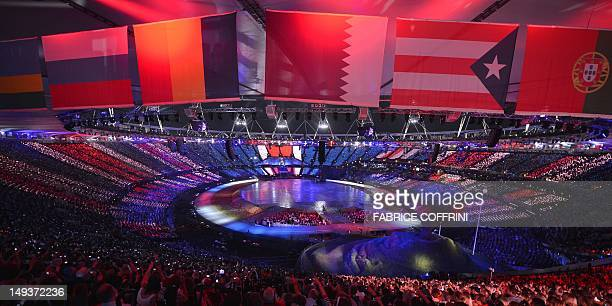General view shows the opening ceremony of the London 2012 Olympic Games on July 27, 2012 at the Olympic stadium in London. AFP PHOTO/ FABRICE...