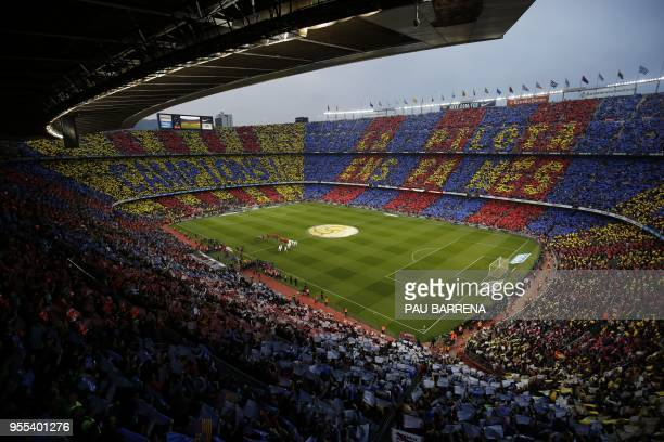TOPSHOT A general view shows the Spanish league football match between FC Barcelona and Real Madrid CF at the Camp Nou stadium in Barcelona on May 6...