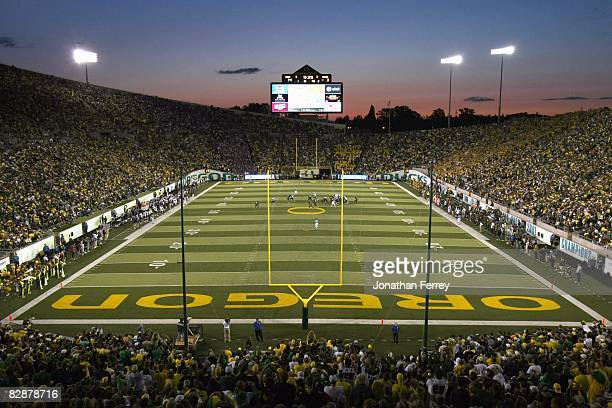 General view taken during the game between the Washington Huskies and the Oregon Ducks at Autzen Stadium on August 30, 2008 in Eugene, Oregon.
