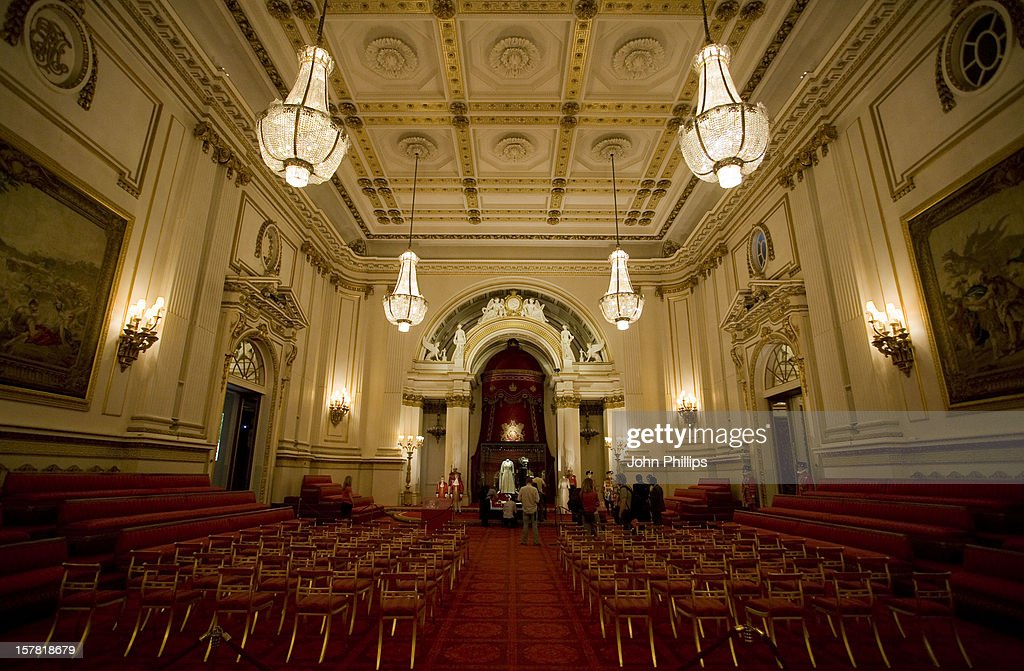 Buckingham Palace State Rooms Summer Opening Press View : News Photo