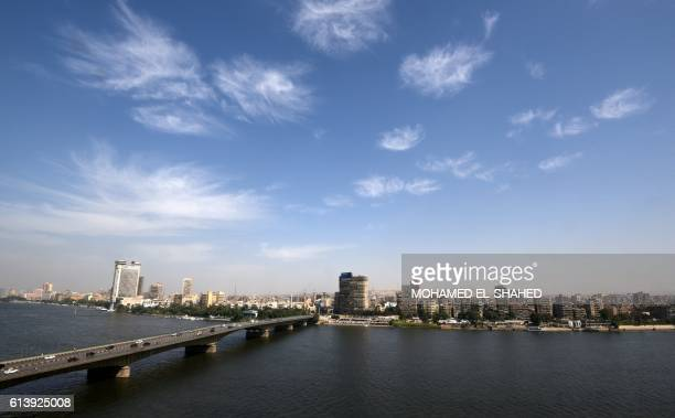 A general view taken on October 11 2016 shows Egypt's Nile river and the the University bridge in the capital Cairo / AFP PHOTO / MOHAMED ELSHAHED /...