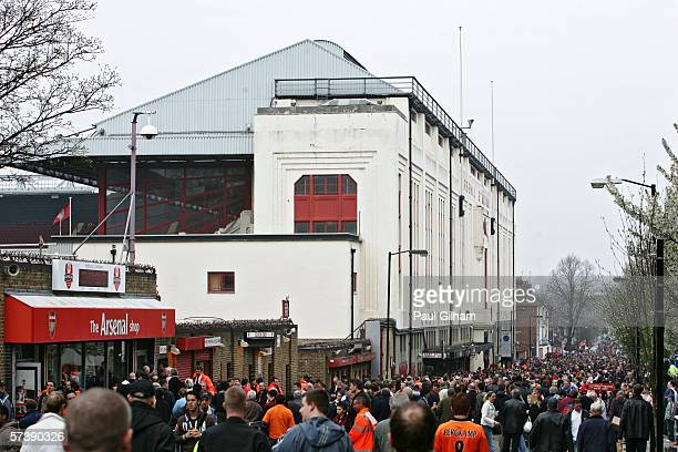 General views of Highbury prior to kick off of the Barclays Premiership match between Arsenal and West Bromwich Albion at Highbury on April 15 2006...