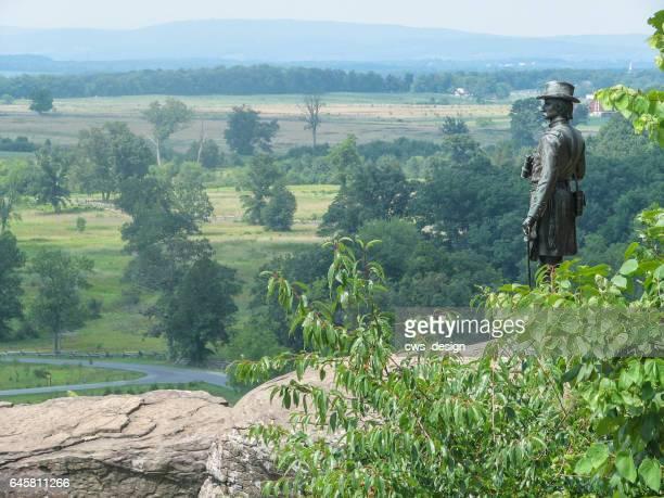 general warren looking out over gettysburg - gettysburg stock photos and pictures