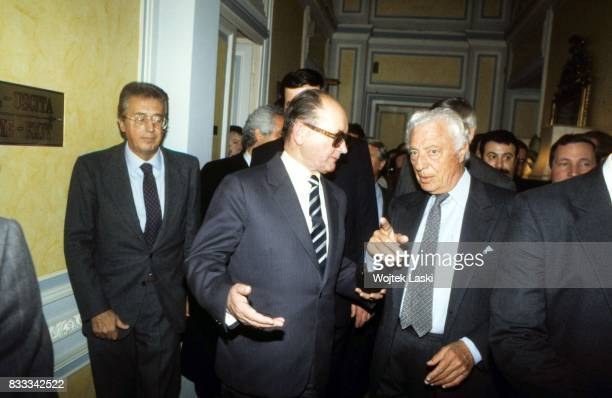 General Wojciech Jaruzelski meets Giovanni 'Gianni' Agnelli, President of the Italian Fiat Group at the Grand Hotel in Rome, Italy, January 1987.