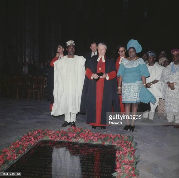 General Yakubu Gowon the Head of State of Nigeria and his wife visit the Tomb of the Unknown Warrior in Westminster Abbey London 1973