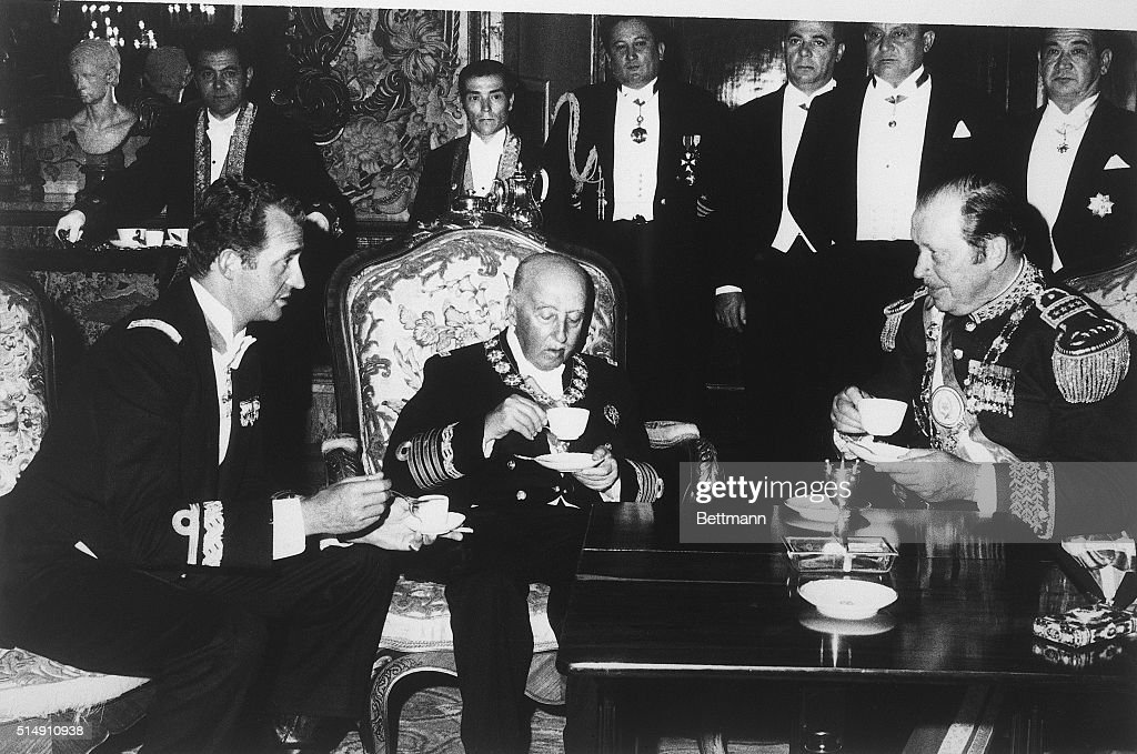 Francisco Franco Meeting with Juan Carlos and Alfredo Stroessner : News Photo