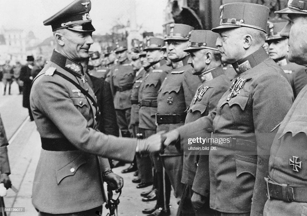 von Bock and soldiers