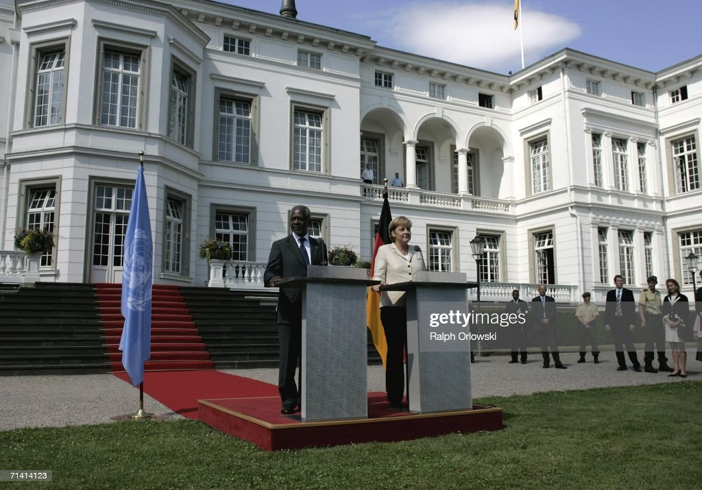 U.N. General-secretary Kofi Annan (L) and German Chancellor Angela Merkel give a statement at the Palais Schaumburg on July 11, 2006 in Bonn, Germany. Annan and Merkel will attend the opening of the United Nations campus, the German U.N. headquarters, in the former West German capital of Bonn.