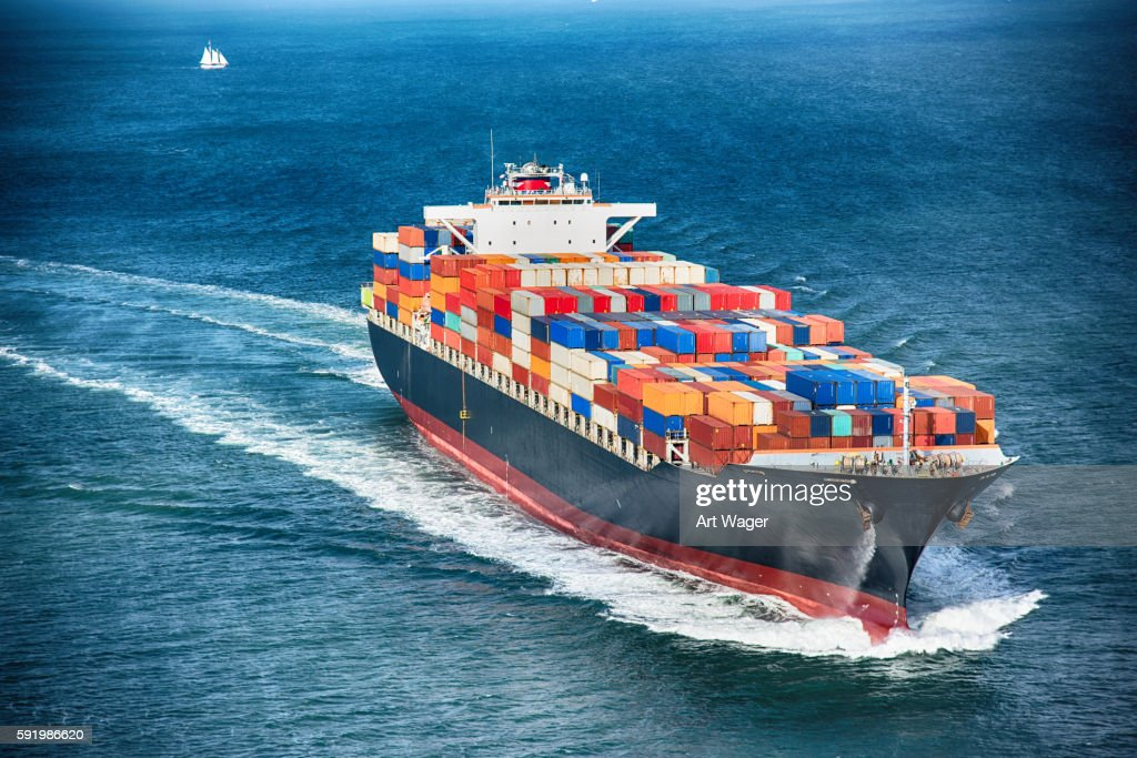 Generic Cargo Container Ship at Sea : Stockfoto
