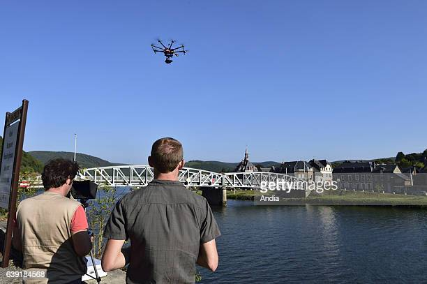 Generic illustration on the theme of civilian drone: UAV pilot with his aircraft approved by the French Civil Aviation Authority with onboard camera....