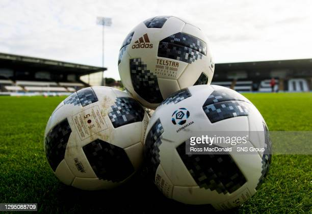 Generic image of the match balls
