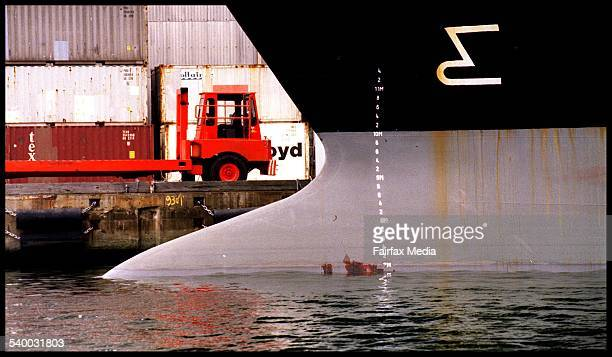 Generic shipping 20 April 1998 AFR Picture by LOUISE KENNERLEY