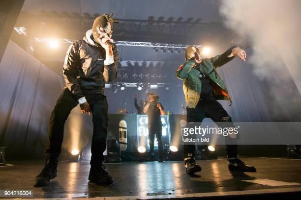 Genetikk die deutsche HipHopCrew mit Rapper Karuzo und Produzent Sikk sowie Rizmo Rokey Mojo Cicco und Hell bei einem Konzert im Hamburger Docks...