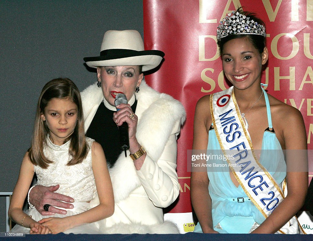 """""""Miss France 2005"""" Pageant - After Show Press Conference"""
