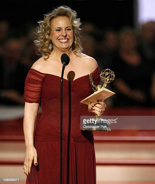 Genie Francis accepts Outstanding Supporting Actress in a Drama Series award for General Hospital
