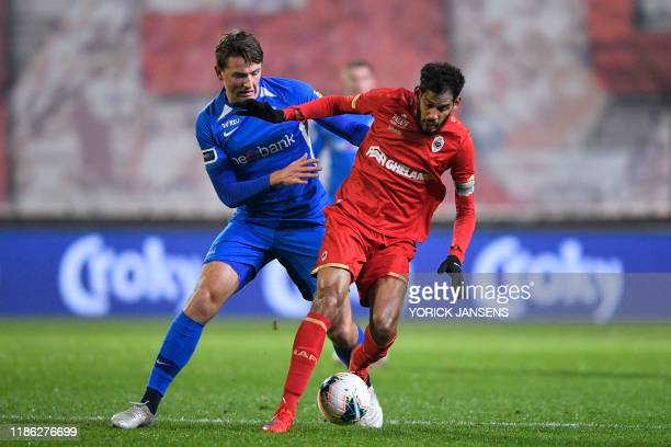 Genk's Sander Berge and Antwerp's Faris Haroun fight for the ball during a soccer game between Royal Antwerp FC and KRC Genk Tuesday 03 December 2019...
