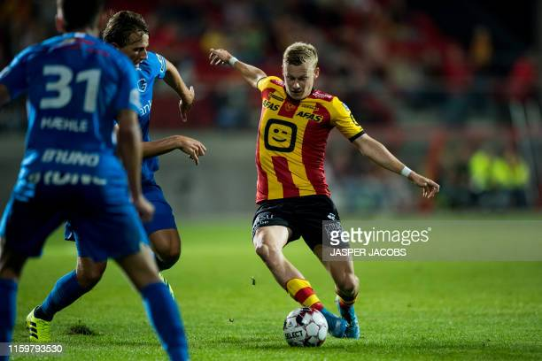 Genk's Sander Berge and Mechelen's Nikola Storm fight for the ball during a soccer match between KV Mechelen and KRC Genk, Saturday 03 August 2019 in...