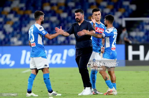 Gennaro Gattuso head coach of SSC Napoli greets his players for the victory during the Serie A match between SSC Napoli and US Sassuolo at Stadio San...