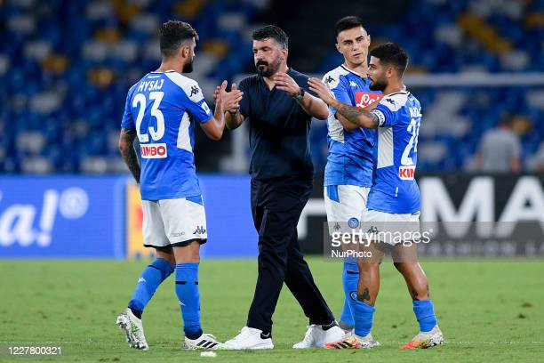 Gennaro Gattuso manager of SSC Napoli celebrates the victory with his players during the Serie A match between Napoli and Sassuolo at Stadio San...