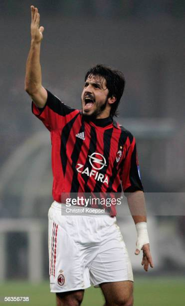 Gennaro Gattuso of Milan shouts to the fans during the UEFA Champions League Group E match between AC Milan and Schalke 04 at the Giuseppe Meazza...