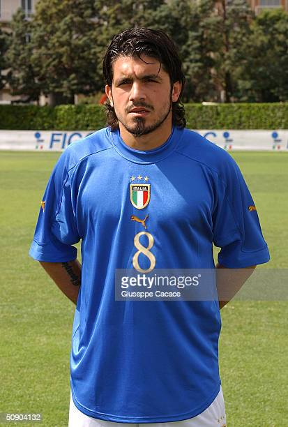 Gennaro Gattuso of the Italian footlball team poses for a photographer on May 27 2004 at Coverciano sports ground in Florence Italy The Italian team...
