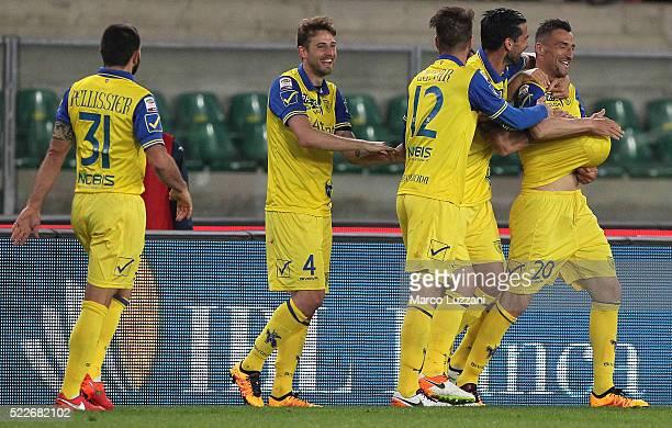 Gennaro Sardo of AC Chievo Verona celebrates his goal with his teammates during the Serie A match between AC Chievo Verona and Frosinone Calcio at...
