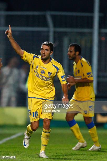 Gennaro troianello of Frosinone Calcio celebrates the opening goal during the Serie B match between Frosinone Calcio and Reggina Calcio at Matusa...