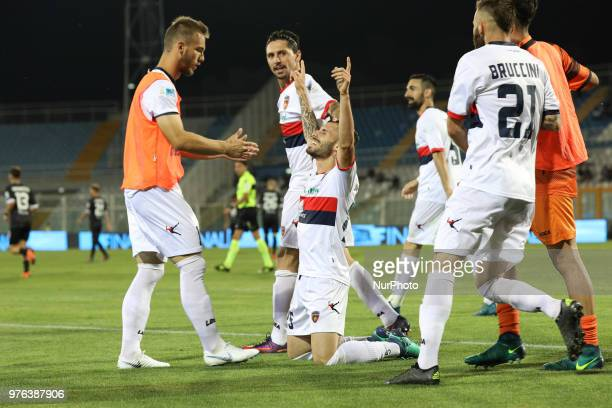 Gennaro Tutino of Cosenza Calcio celebrate the goal of 02 during the Lega Pro 17/18 Playoff final match between Robur Siena and Cosenza Calcio at...