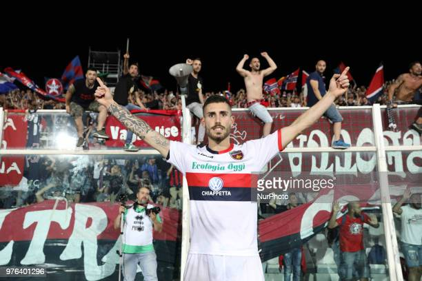 Gennaro Tutino of Cosenza Calcio celebrate the victory of the Lega Pro 17/18 Playoff final match between Robur Siena and Cosenza Calcio at Stadio...