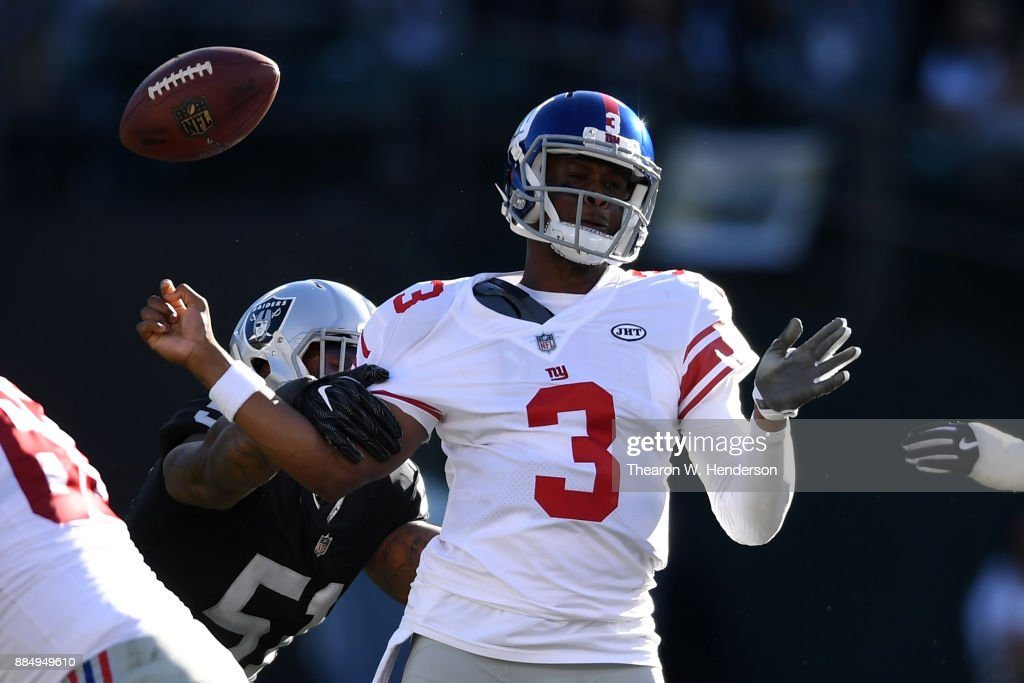 New York Giants v Oakland Raiders